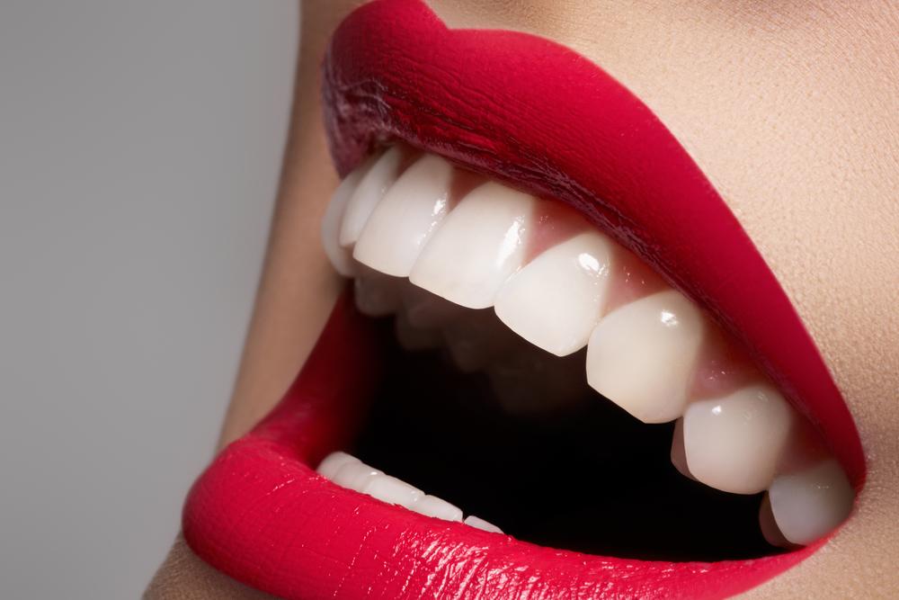 歯によって人生が変わる